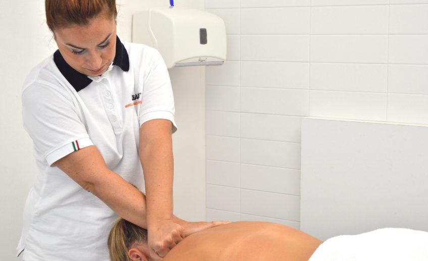 massaggio_decontratturante_schiena